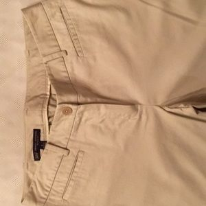 BROOKS BROTHERS Women's light weight khaki pants.